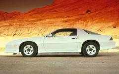 1991 Chevrolet Camaro exterior
