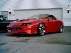 1997 Chevrolet Camaro Photo 3