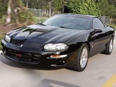 1999 Chevrolet Camaro Photo 2