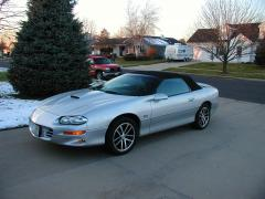 2002 Chevrolet Camaro Photo 1