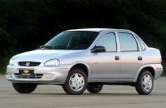 2005 Chevrolet Classic Photo 1