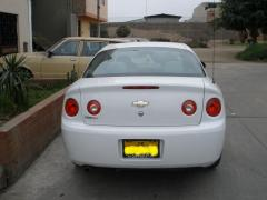 2005 Chevrolet Cobalt Photo 2