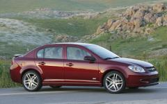 2009 Chevrolet Cobalt Photo 2