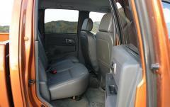 2006 Chevrolet Colorado interior