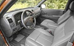 2007 Chevrolet Colorado interior