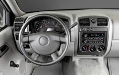 2008 Chevrolet Colorado interior