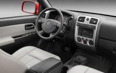 2009 Chevrolet Colorado interior