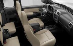 2011 Chevrolet Colorado interior
