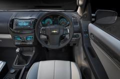 2011 Chevrolet Colorado Photo 3