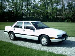 1995 Chevrolet Corsica SP Sedan Photo 3