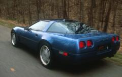 1990 Chevrolet Corvette exterior