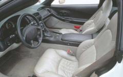 2000 Chevrolet Corvette interior