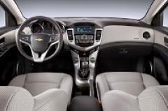 2011 Chevrolet Cruze Photo 3