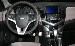2011 Chevrolet Cruze Photo 4