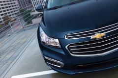 2015 Chevrolet Cruze LS Manual exterior