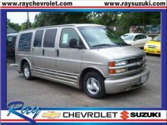 1999 Chevrolet Express Photo 7