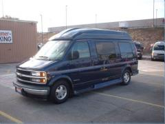 2000 Chevrolet Express Photo 6