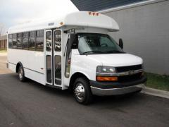 2007 Chevrolet Express Photo 3