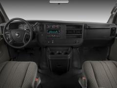 2008 Chevrolet Express Photo 3