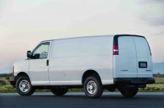 2010 Chevrolet Express Photo 3