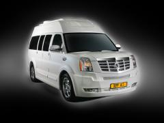 2011 Chevrolet Express Photo 3