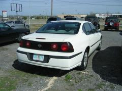 2003 Chevrolet Impala Photo 2