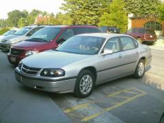 2005 Chevrolet Impala Photo 2