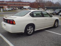 2005 Chevrolet Impala Photo 3
