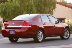 2010 Chevrolet Impala LS exterior