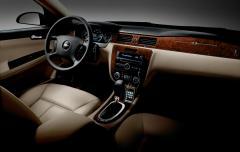 2011 Chevrolet Impala Photo 3