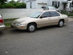 1999 Chevrolet Lumina Photo 1