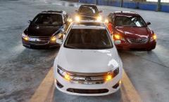 2010 Chevrolet Malibu Hybrid Photo 2