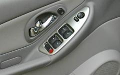 2004 Chevrolet Malibu interior