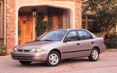 1999 Chevrolet Prizm exterior
