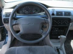 2002 Chevrolet Prizm Photo 1