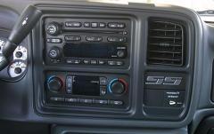 2003 Chevrolet Silverado 1500 interior