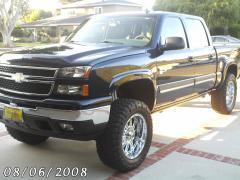 2006 Chevrolet Silverado 1500 Photo 2