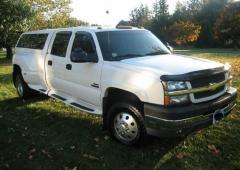 2003 Chevrolet Silverado 3500 Photo 1