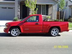2005 Chevrolet SSR Photo 3