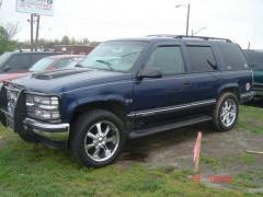 1997 Chevrolet Tahoe Photo 3
