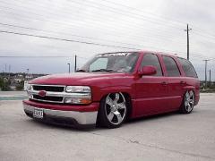 1999 Chevrolet Tahoe Photo 3