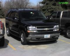 2005 Chevrolet Tahoe Photo 2