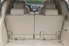 2007 Chevrolet Tahoe interior