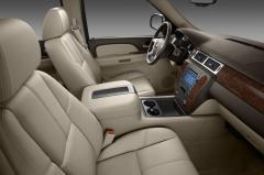 2013 Chevrolet Tahoe interior