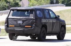 2014 Chevrolet Tahoe Photo 2
