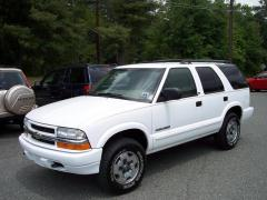 2002 Chevrolet TrailBlazer Photo 32