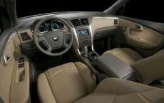 2012 Chevrolet Traverse interior