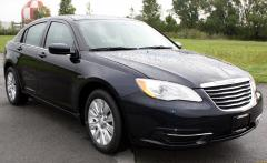 2012 Chrysler 200 LX Photo 5