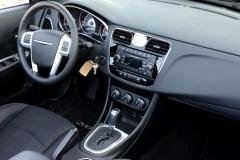 2012 Chrysler 200 LX Photo 6