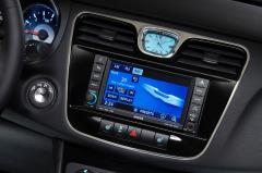 2012 Chrysler 200 interior